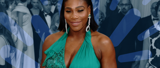SERENA WILLIAMS SHOWS OFF PREGNANCY BUMP